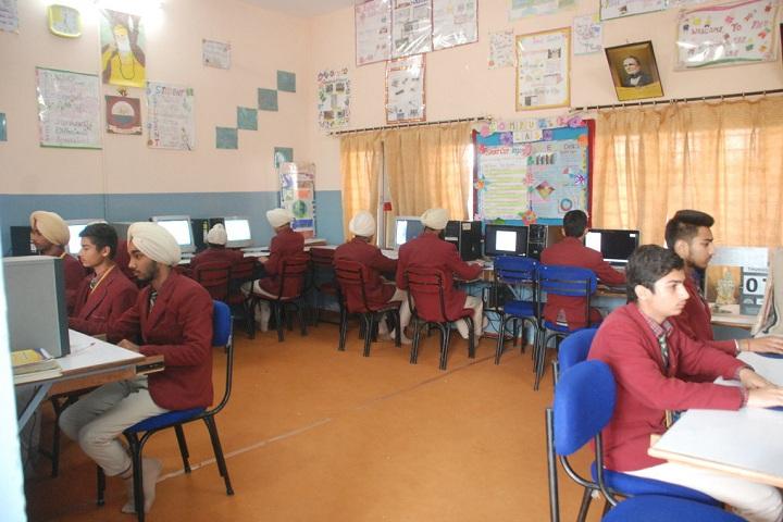 Shah Balwant Rai D A V Public School-Computer Lab