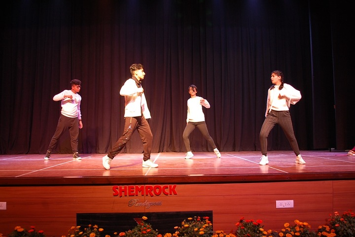 Shemrock Senior Secondary School-Dancing Activity