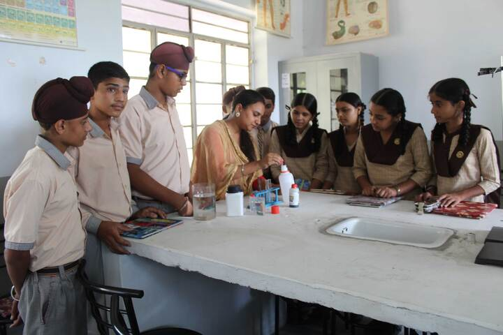 Shishu Model High School-Chemistry Lab