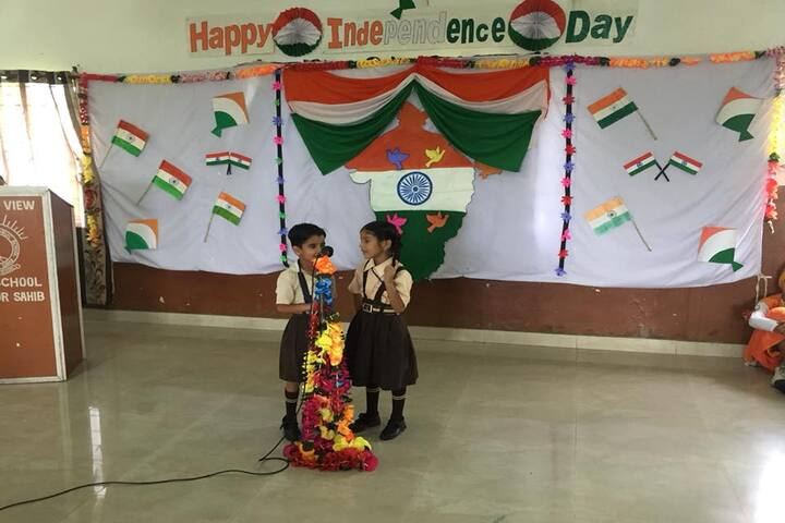 Shivalik View Public School-Independance Day