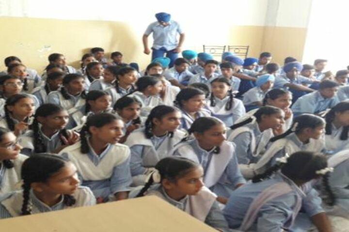 Shri Guru Harkrishan Adarsh Senior Secondary School-Seminar