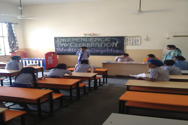 Shri Guru Harkrishan Adarsh Senior Secondary School-Classroom Activity
