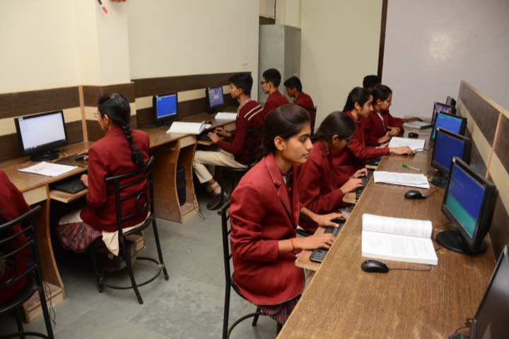 Shri Guru Jambheshwar D A V Senior Secondary Public School-Computer Lab
