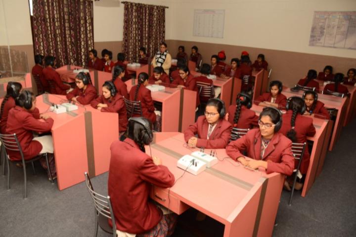 Shri Guru Jambheshwar D A V Senior Secondary Public School-English Lab