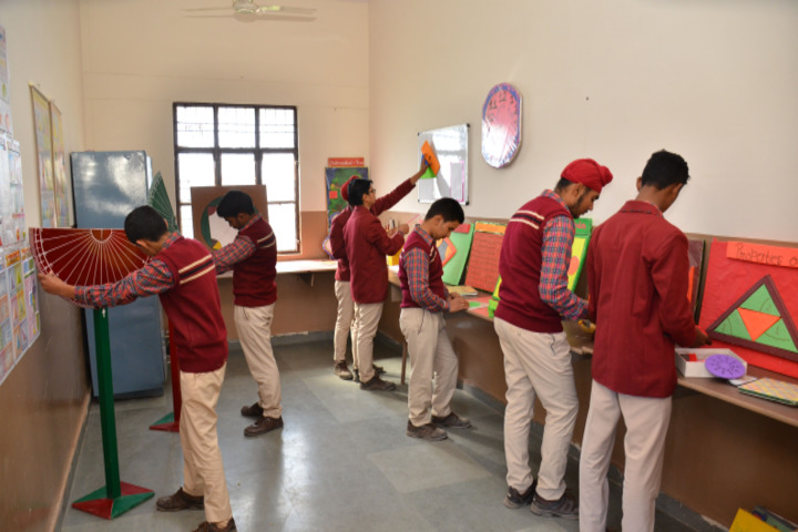 Shri Guru Jambheshwar D A V Senior Secondary Public School-Maths Lab