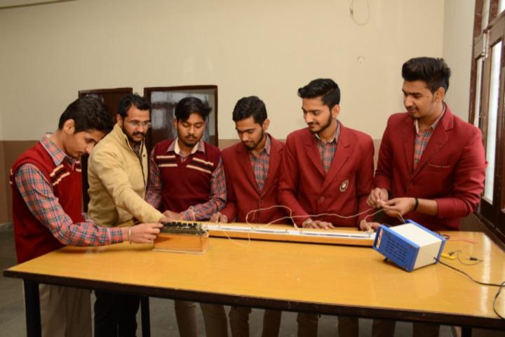 Shri Guru Jambheshwar D A V Senior Secondary Public School-Physics Lab