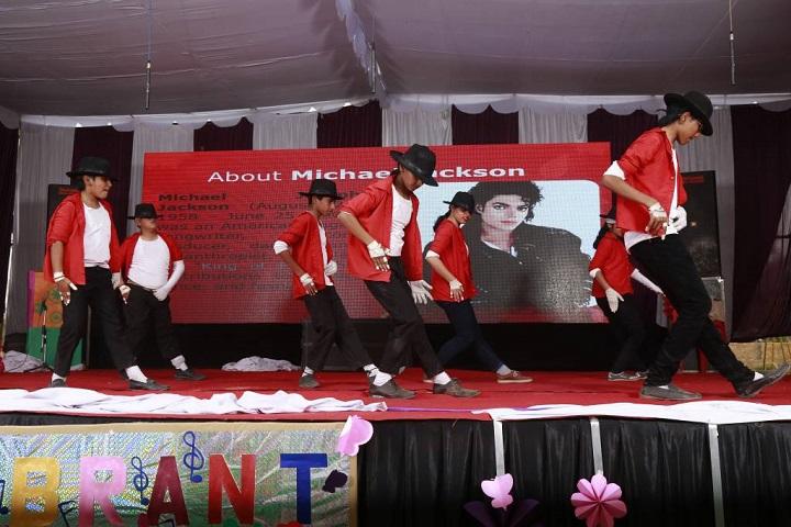 Shri Guru Nanak Dev Public School-Dance