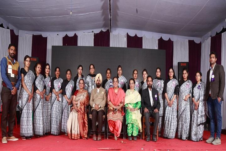 Shri Guru Nanak Dev Public School-Staff Group Photo
