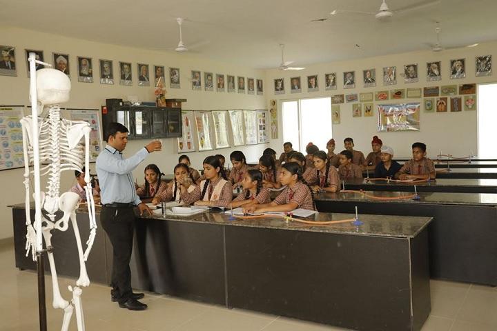 Shri Guru Ravi Dass Public School-Laboratory
