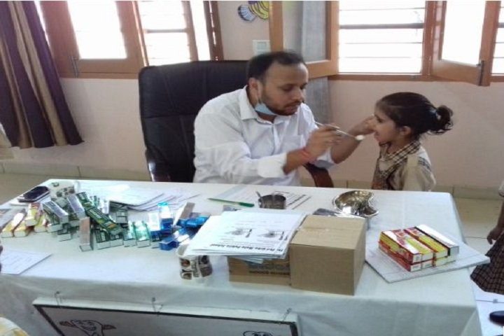 Shri Usha Mata Public School- health and medical check up