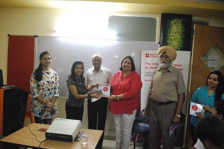 Sidana International School-Smart Class