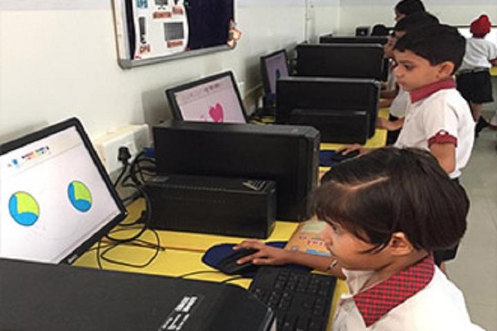 Singhal Stars School-Computer Lab