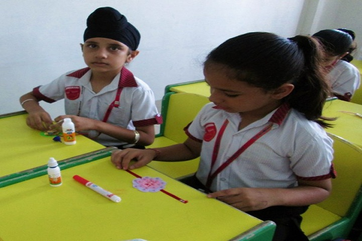 Singhal Stars School-Rakhi Making