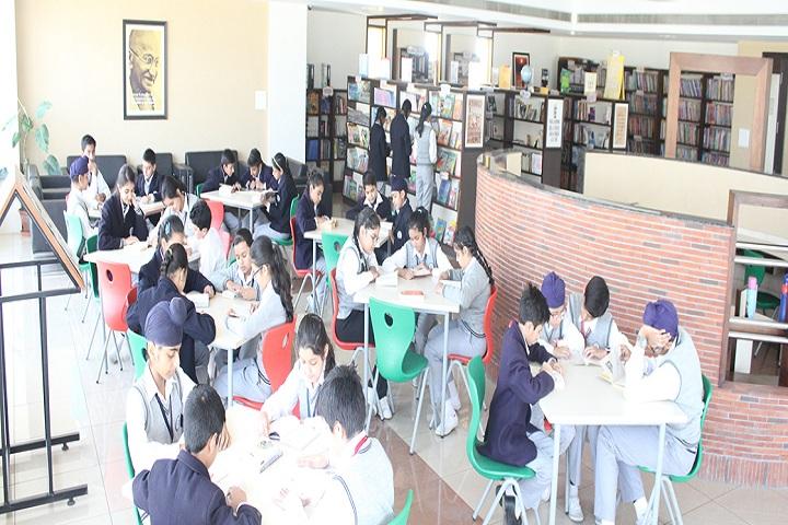Smart Wonders School-Library