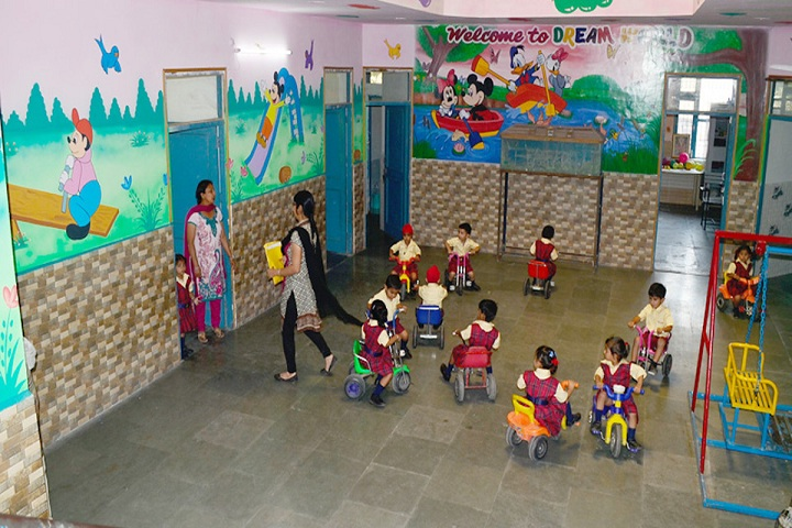 Springdales Public School-Primary Games Class