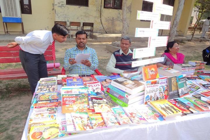 Sri Dasmesh Senior Secondary Public School-Book Exhibition