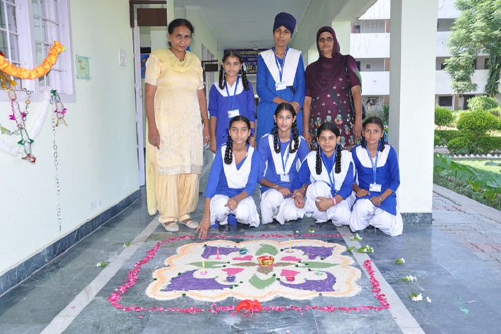 Sri Guru Hakrishan Public School-Rangoli Competition