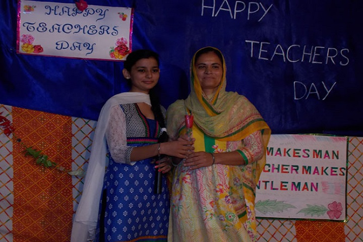 Sri Guru Hakrishan Public School-Teachers Day Celebration
