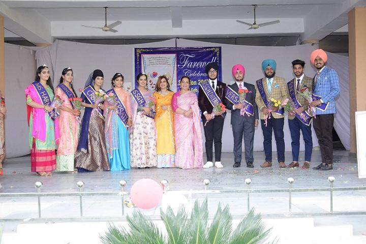 Sri Guru Harkrishan Intl School-Group Photo