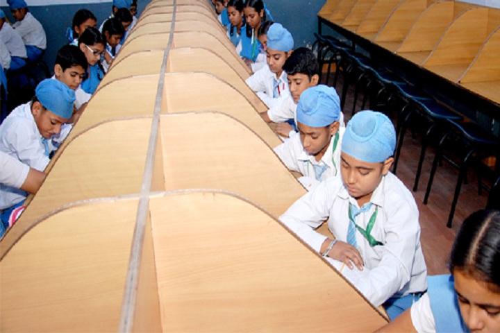 Sri Guru Harkrishan Public School-Library