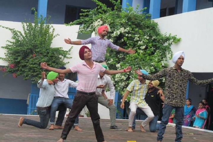 Sri Guru Harkrishan Public School-Dance