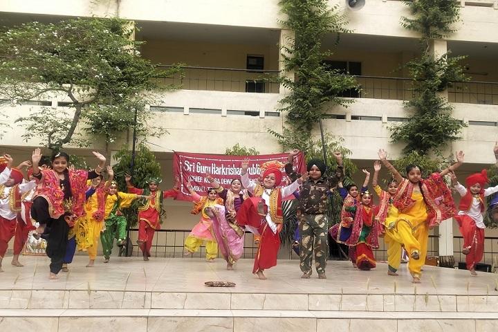 Sri Guru Harkrishan Public School-Events dance