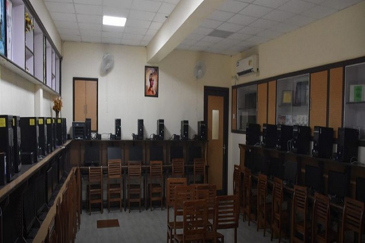 Sri Guru Harkrishan Senior Secondary Public School-Computer Lab