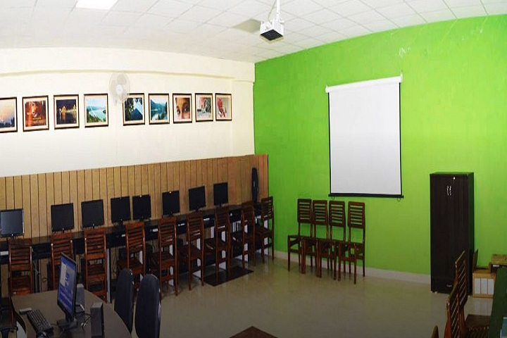 Sri Guru Harkrishan Senior Secondary Public School-IT Lab