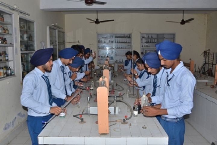 Sri Guru Teg Bahadur Public School-Chemistry-Lab