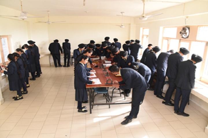 St Kabir Public School-Laboratory physics