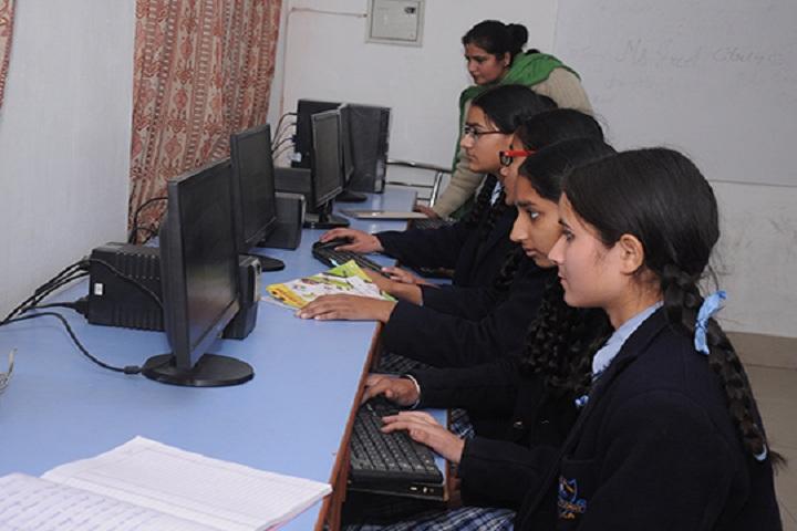 St Soldier Modern School-IT Lab