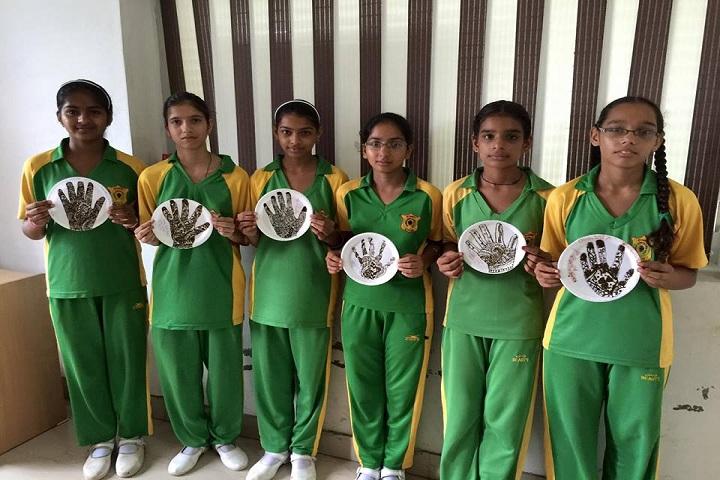 St Xaviers International School-Mehandi Competition