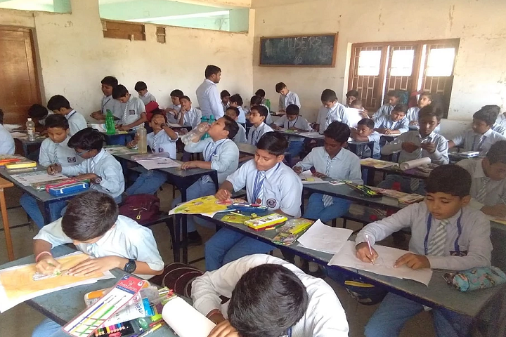 Jesus and Mary Academy-Drawing class for boys