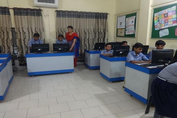 Sunshine Modern Cantonment Board School-Computer Lab