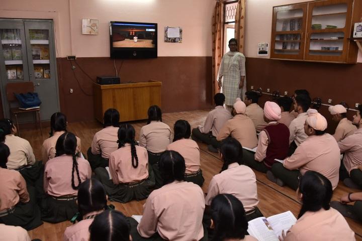 Swami Sant Dass Public School-English Lab