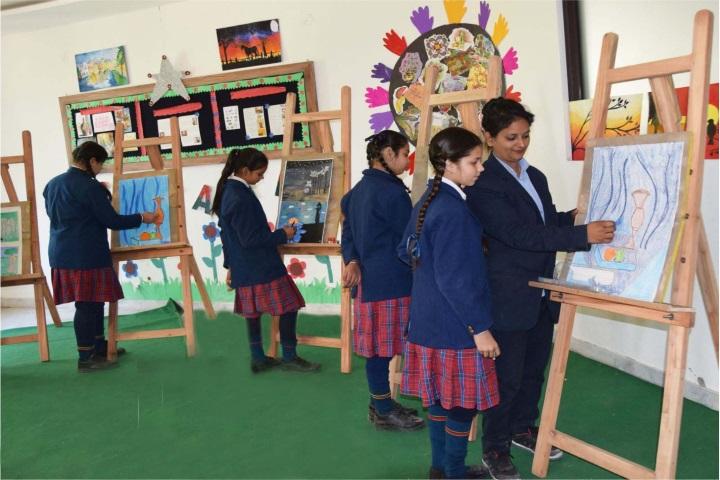 Tagores International Smart School-Art Room