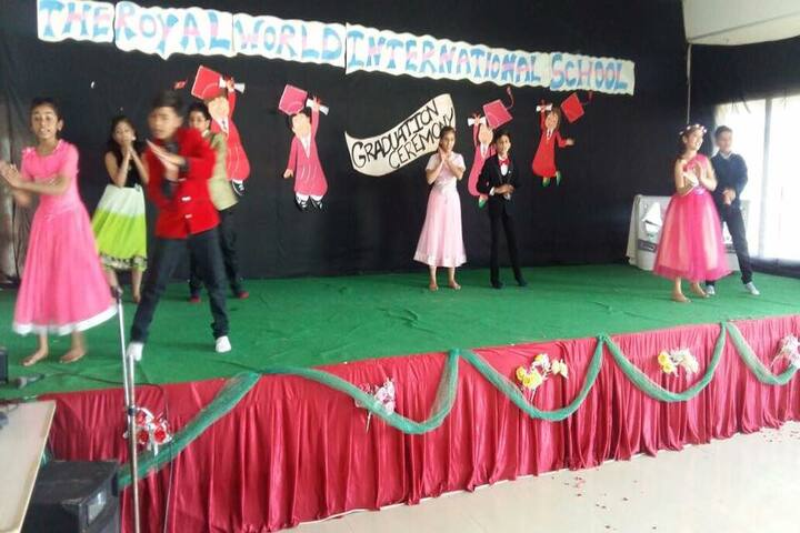 The Royal World International School-Dancing Activity