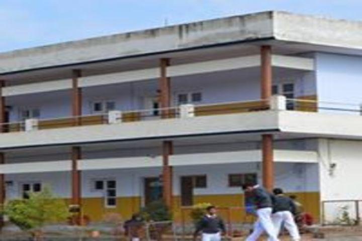 The Senior Scholar School-Campus