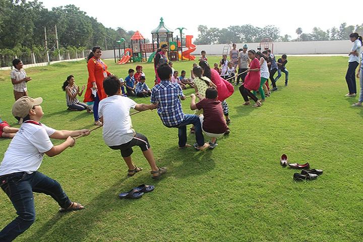 The Unirise World School-summer camp