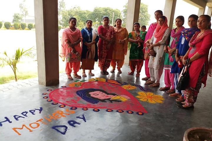 Top Ranker International School-mothers day