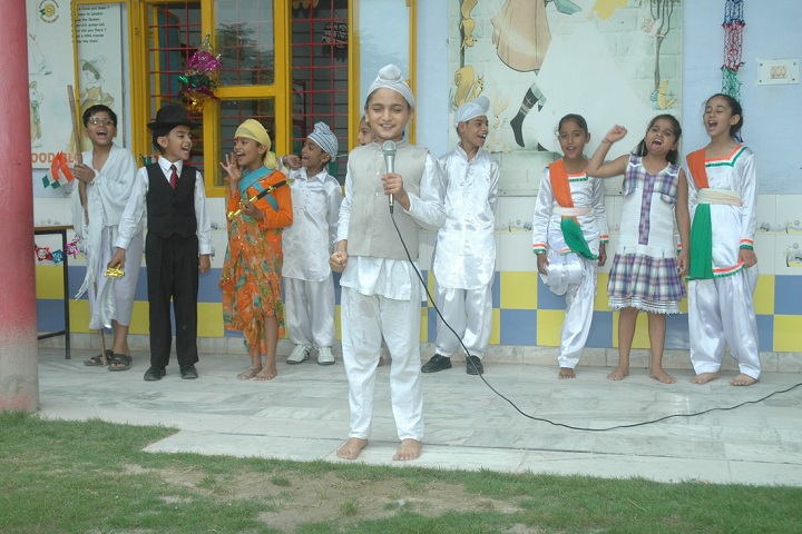 Wood Blossom School-Independence day
