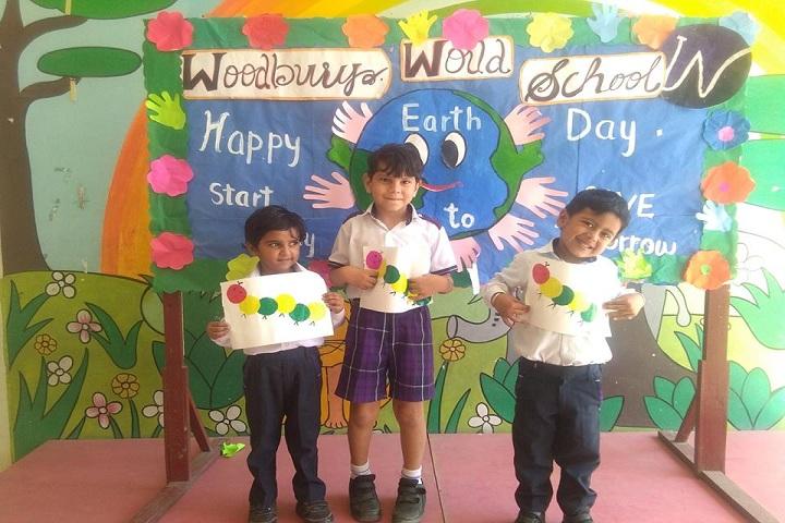 Woodbury World School-Art