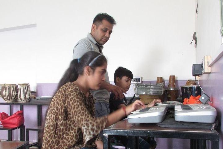 Ajeet Public Senior Secondary School-Summer Camp Activities