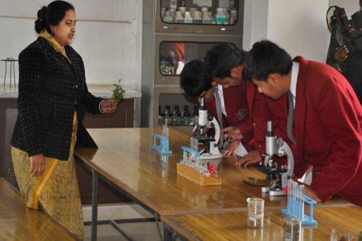 Aklank Public SchoolBiology Lab