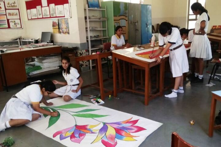 Alwar Public School-Art and Craft