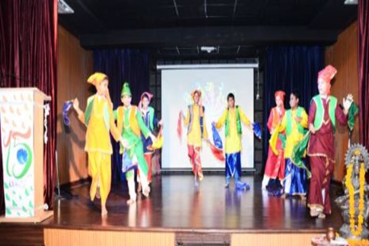 Apex International School-Independence Day Dance