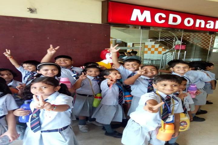 B R Birla Public School-Trip