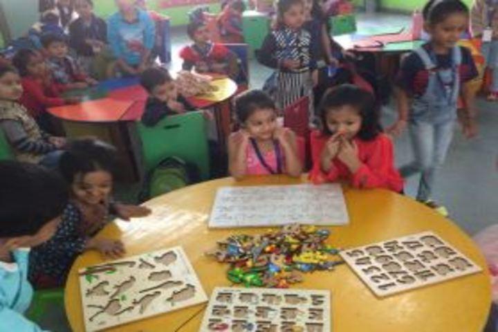 Banyan Tree School-Art and Craft