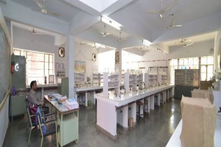 """""""Bhartiya Vidya BhavanS Vidyashram-Biology lab"""""""