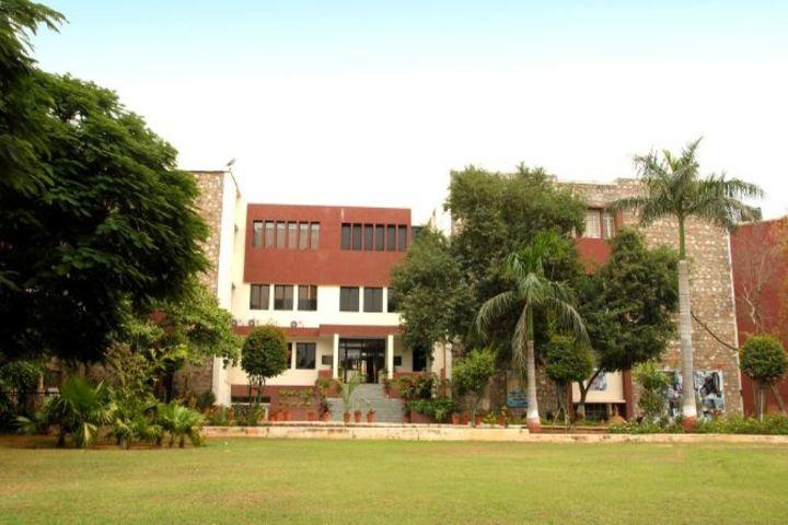 """""""Bhartiya Vidya BhavanS Vidyashram-Campus"""""""